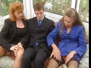 mature-ladies-xxx-and-young